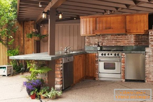 Sommerküche Ausstattung : Sommerküche mit einer veranda sorten und tipps zur