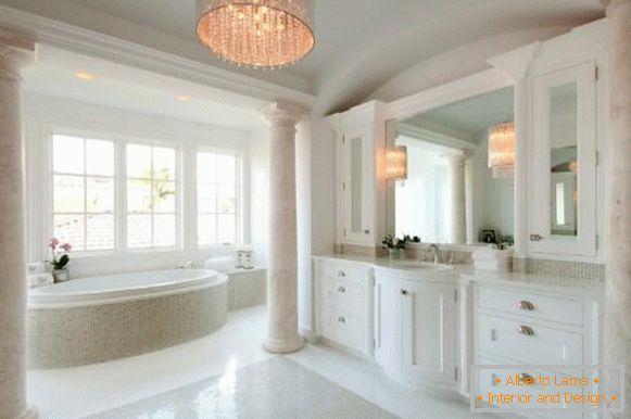 Attraktiver Fotos Badezimmer 40 Kronleuchter Im OPkuTXiZ